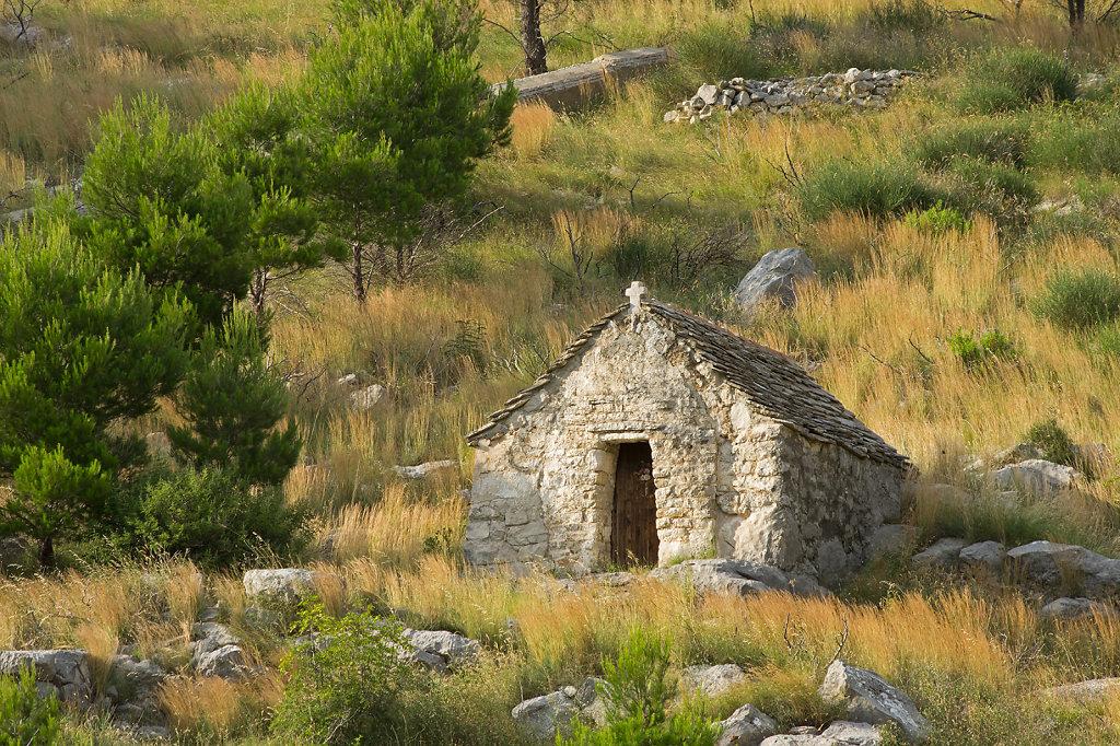 Vergessene Hütte